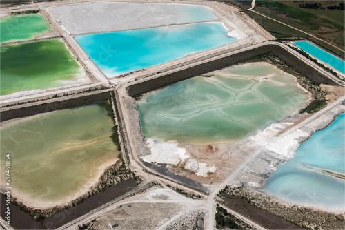 Fotografia  vue aérienne de lacs de décantation d'une usine chimique à Art-sur-Meurthe près