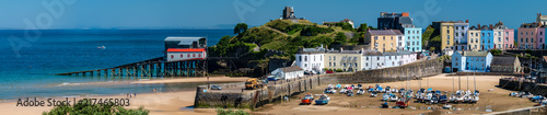 Photo Panoramic view of the picturesque and colorful Welsh seaside town of Tenby