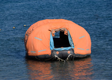 Inflatable Boat With Tent, Can...