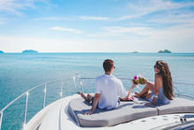Honeymoon On Luxury Yacht, Lux...