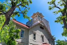 晴れた日の札幌時計台 / 北海道 札幌市の観光イメージ