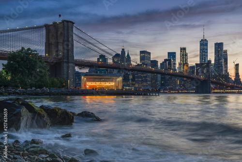 Photo Stands New York Brooklyn Bridge from Dumbo, Study 2