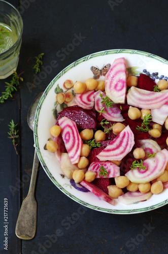 Rote Bete Mit Chioggia Kichererbsen Salat Mit Zitronen Thymian