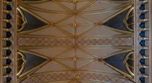 Prunkvolles Deckengewölbe
