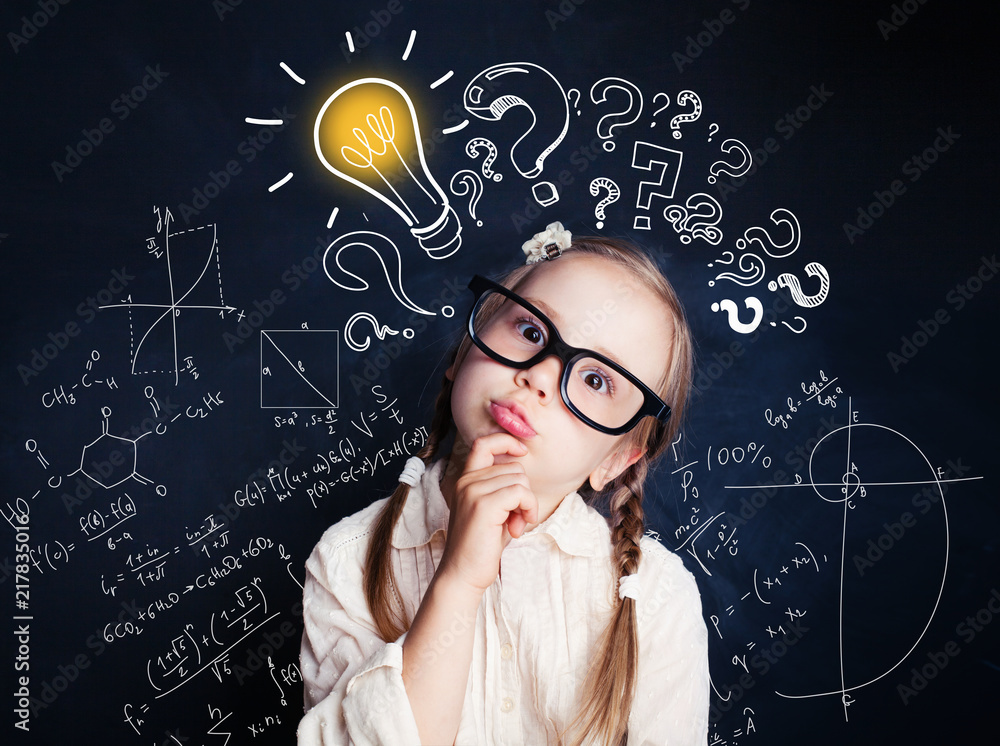 Fototapety, obrazy: Small child mathematics student thinking on background with lightbulb and math formulas. Kid ideas