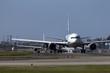 福岡空港の離陸待ちの飛行機