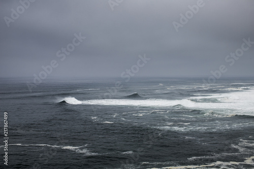Fotografia  Nazare, Portugal - Stormy weather on the Atlantic Ocean