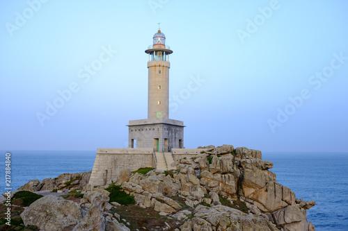 Montage in der Fensternische Leuchtturm Lighthouse of Punta Nariga, Malpica, La Coruna, Spain.