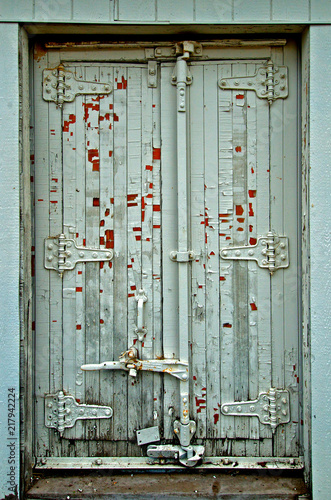 Fototapety, obrazy: Old Double Door Storage