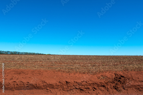 Fotografering  Agronegócio terra arada