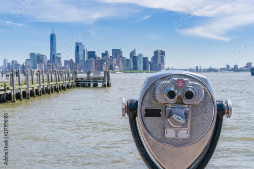 Deurstickers New York City Tower binoculars facing Manhattan skyline in New York City