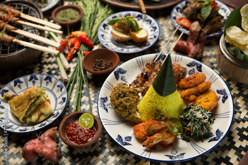 Pinturas sobre lienzo  Different indonesian food dishes. Various indonesian bali food