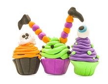 Fake Clay Cupcake Halloween Cr...