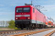 Regionalzug Auf Einer Neubaustrecke