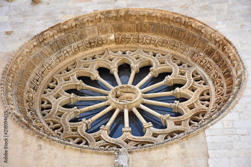 Photo Italy, Puglia region, Altamura,  Cathedral of Santa Maria Assunta, gate and sculptures of the main façade