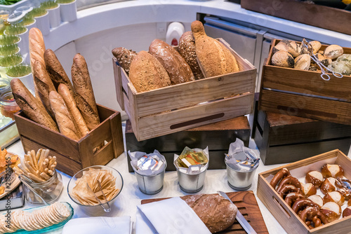 Fotobehang Buffet, Bar Bread bar