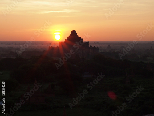 In de dag Ochtendgloren Sunrise at Bagan, Myanmar