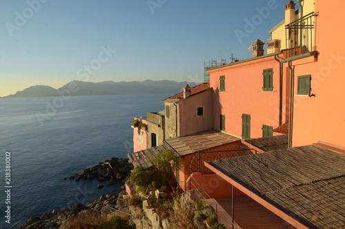 Keuken foto achterwand Liguria Tramonto da borgo della costa ligure