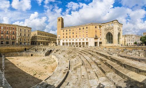 Photo Ancient Roman Amphitheatre in Lecce, Puglia region, southern Italy