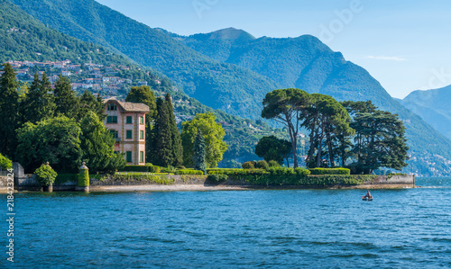 Scenic sight near Tavernola, Lake Como, Lombardy, Italy. Poster Mural XXL