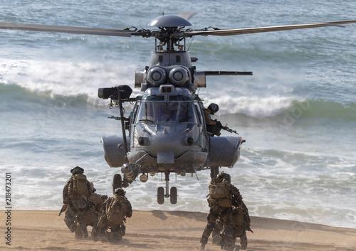 Tuinposter Helicopter Commando Armée de Terre