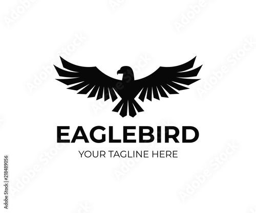 Fototapeta premium Projektowanie logo orła. Projekt wektor ptak Sokół. Logotyp latającego jastrzębia