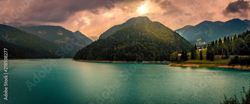 Foto auf AluDibond Lachs Lago di Sauris