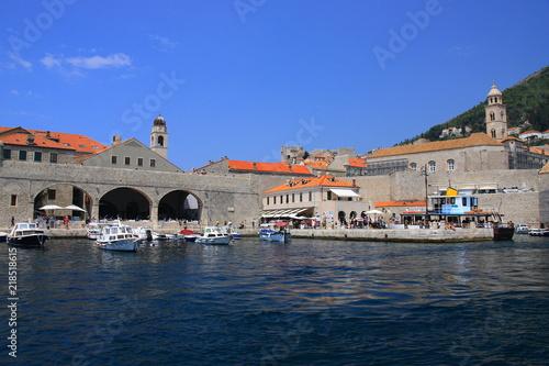 Staande foto Stad aan het water Chorwacja - Port nad Morzem Adriatyckim w Dubrowniku.