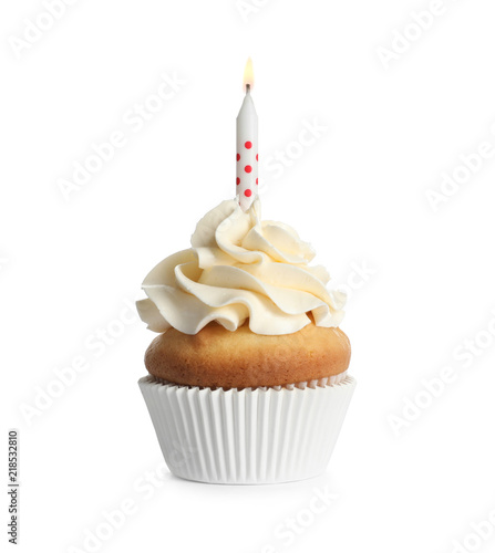 Photo  Delicious birthday cupcake with candle on white background
