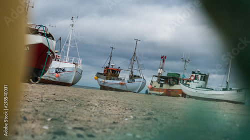 Papiers peints Scandinavie Real life dansih beached fishing vessels, called Cutters. They are dragged to the seawhen they go to work.