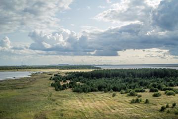 Fototapeta na wymiar Вид на побережье белого моря.