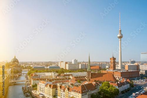 Poster Tokyo Berlin skyline
