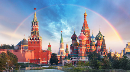 FototapetaMoscow - Panoramic view of the Red Square with Moscow Kremlin and St Basil's Cathedral with rainbow
