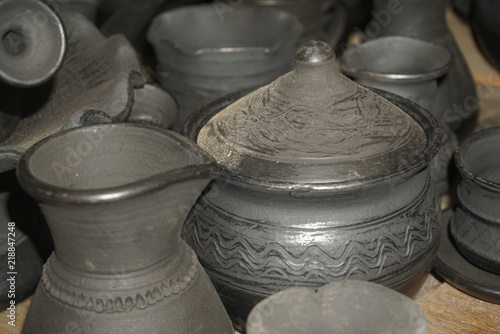 Clay black dishes