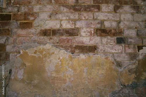 Foto auf AluDibond Alte schmutzig texturierte wand Old brick wall and plaster