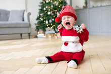 Cute Baby In Red Christmas Cos...