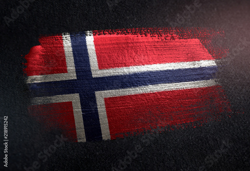 Photo  Norway Flag Made of Metallic Brush Paint on Grunge Dark Wall