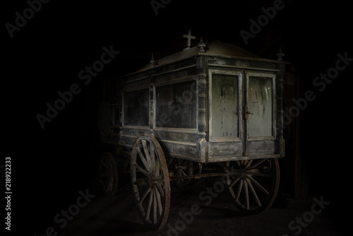 Fotografie, Obraz  Old and dusty hearse carriage