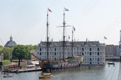 Il museo navale e il vascello Amsterdam