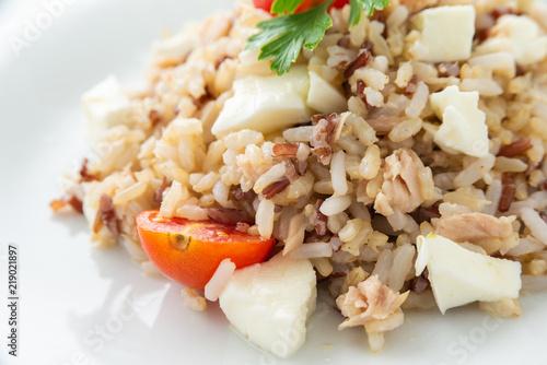 Fotografie, Obraz  Risotto con tonno, mozzarella e pomodoro