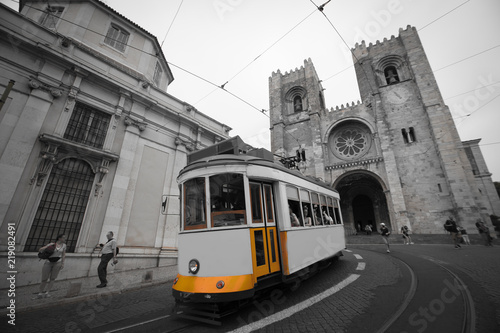 Foto op Plexiglas New York TAXI Vintage Tram transportation in Lisbon city Portugal black and white tone