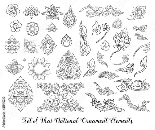 Foto Set of outline elements of traditional Thai ornament.