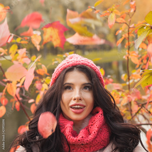 Spoed Foto op Canvas Canada Happy woman outdoors, closeup portrait
