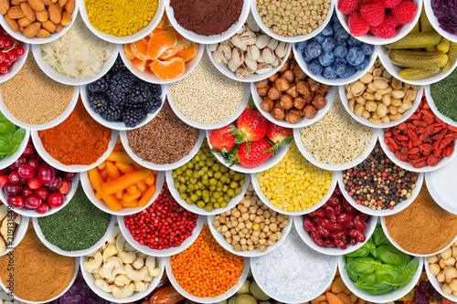Fototapeta owoce pojemniki-z-owocami