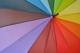 Fototapeta Tęcza - Tęczowy parasol