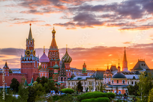 Photo  St. Basil's Cathedral and the Spassky Tower of the Moscow Kremli