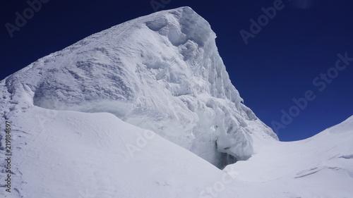 Deurstickers Antarctica Lodowiec na szczycie góry - Alpy Wysokie Monte Rosa