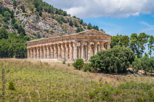 Obraz na plátně The Temple of Venus in Segesta, ancient greek town in Sicily, southern Italy