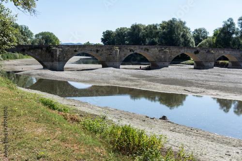 Fotografia, Obraz Leonardo Da Vinci, a bridge in the background of the Gioconda.