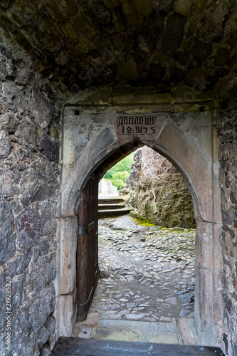 Foto auf AluDibond Historisches Gebaude Burgruine Bosselstein